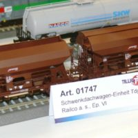 P1300573