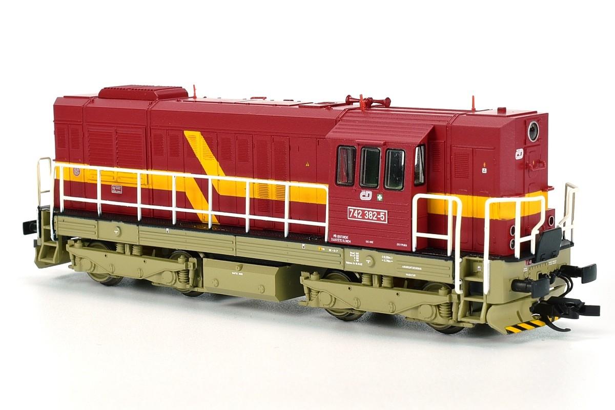 742.382-5 ČD a 742.361-9 Viamont od firmy Tillig